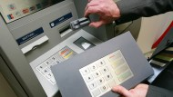 Wie Geldautomaten manipuliert werden können.