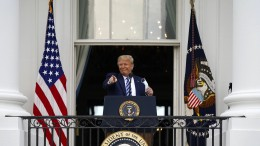 Trump im Nacken