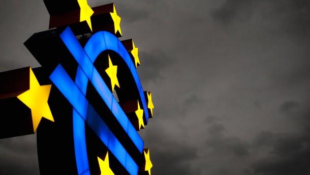Notenbanken warten auf Erholungszeichen