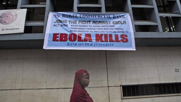 Kleine Erfolge im Kampf gegen Ebola