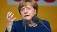 Merkel für sanften Wandel in der Autoindustrie