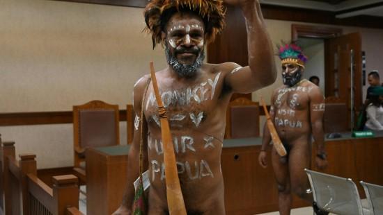 Nackt-Streit im Gerichtssaal
