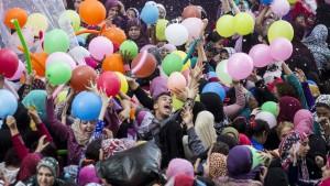 Wie Muslime das Opferfest feiern