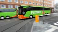 Nicht der Hort der Champagnerluft: Frankfurts Busbahnhof