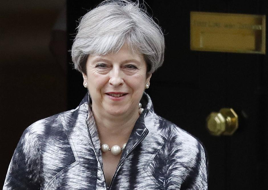 Ob die britische Premierministerin Theresa May nun doch einen weicheren Brexit anstrebt?