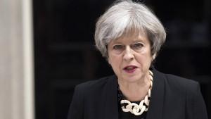 Premierministerin kündigt hartes Durchgreifen an