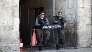 Messerattacken auf israelische Polizisten halten an