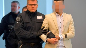 Morddrohung und Ablehnung des Staatsanwalts