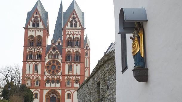 Neuer Bischof und bald weniger Pfarreien