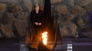 """Merkel: Deutschland trägt """"immerwährende Verantwortung"""""""