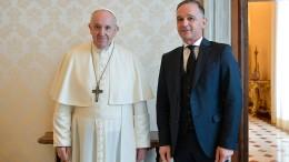 Maas spricht Franziskus auf Missbrauchsfälle an