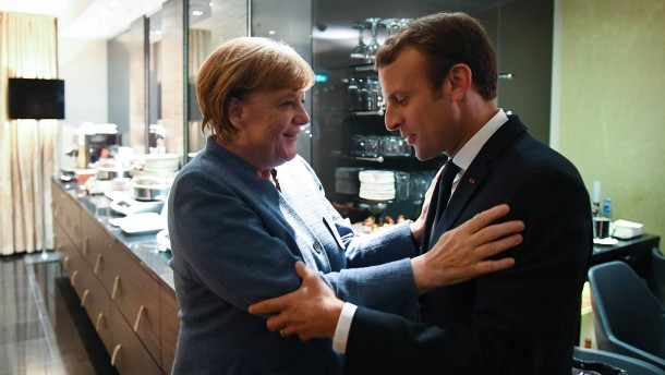 """Merkel will """"Europa auf neue Füße stellen"""""""
