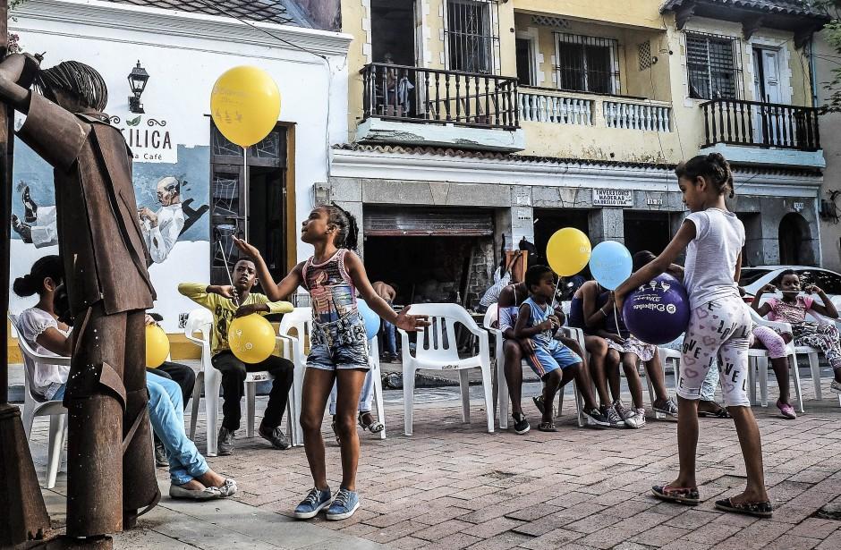 Eine Insel des Friedens: Auch die Kinder profitieren davon, dass die vielen gewalttätigen Konflikte Kolumbiens selten in Cartagena ausgetragen werden.