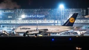 Warnstreiks an acht deutschen Flughäfen haben begonnen