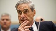 Ex-FBI-Chef soll Trumps Russland-Verbindungen untersuchen