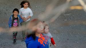 Klage gegen unbegrenzte Festnahme von Migrantenkindern