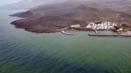 Kein Algenteppich sondern Zeichen eines untermeerischen Vulkanausbruchs vor der kanareninsel El Hierro
