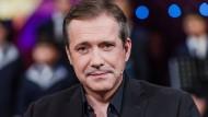 """An ihm zerschellen viele Klischees über Fernsehköche: Alexander Herrmann, hier bei der MDR-Talkshow """"Riverboat"""""""