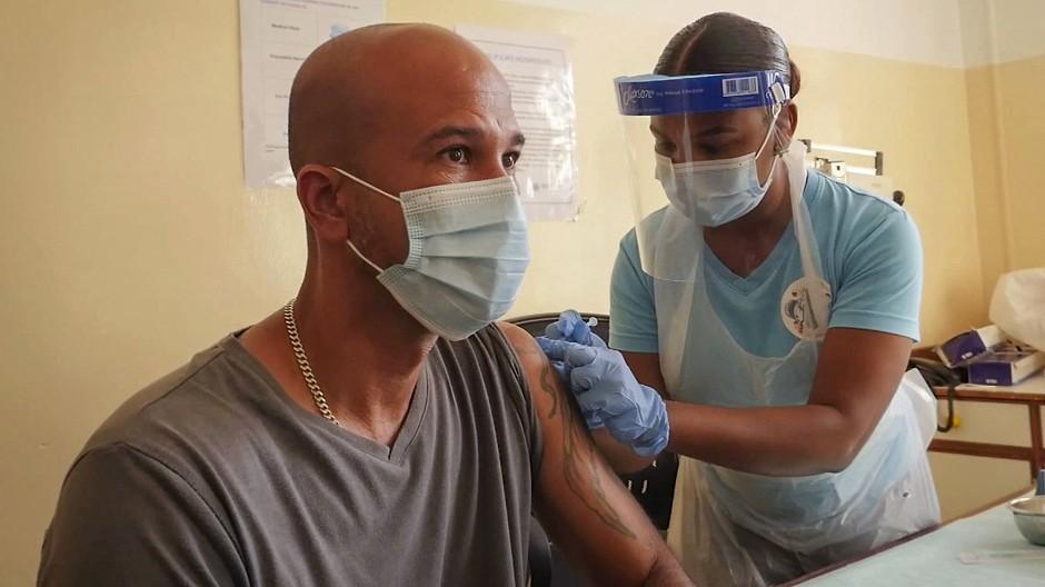 Impfung mit AstraZeneca am 24. Februar auf den Seychellen