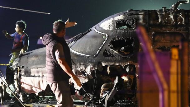 Acht Tote bei Flugzeugabsturz auf Philippinen