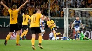 Dynamo Dresden siegt gegen Duisburg