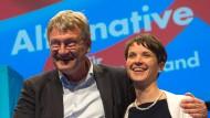 Frauke Petry und Jörg Meuthen auf dem Parteitag der AfD in Stuttgart
