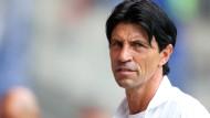 Oft in der Kritik - und trotzdem, sagt Bruno Hübner, mache ihm die Arbeit als Bundesliga-Manager jeden Tag aufs neue Spaß.