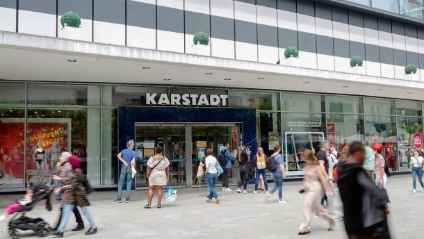 Karstadt, Kamele, Kräuterbeete