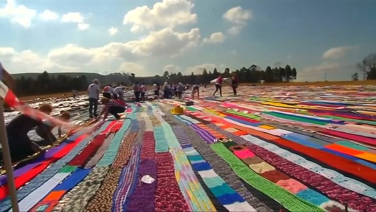 29 Kilometer langer Schal gefällig?