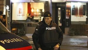Tatverdächtiger gesteht Messerattacken in Wien