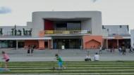 """""""Bauwhat"""" in Darmstadt: Das Freiluftfestivalzentrum des Staatstheaters."""