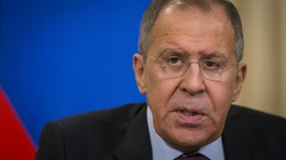 Russischer Außenminister Lawrow weist Schuld an Giftgasangriff zurück