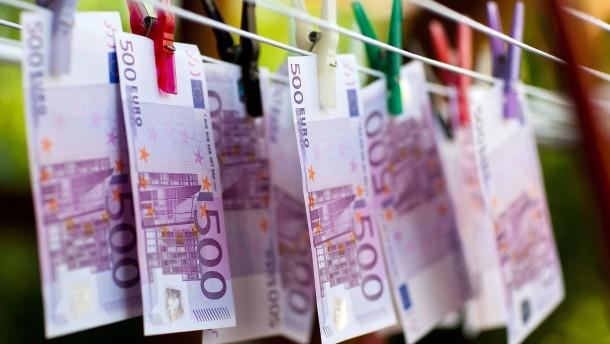 Fast 50 Milliarden Euro für die Aktionäre