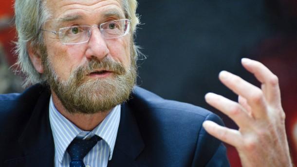 Peter Praet - Der Belgier ist neuer Chefvolkswirt der Europäischen Zentralbank und spricht in Frankfurt mit Lisa Nienhaus.