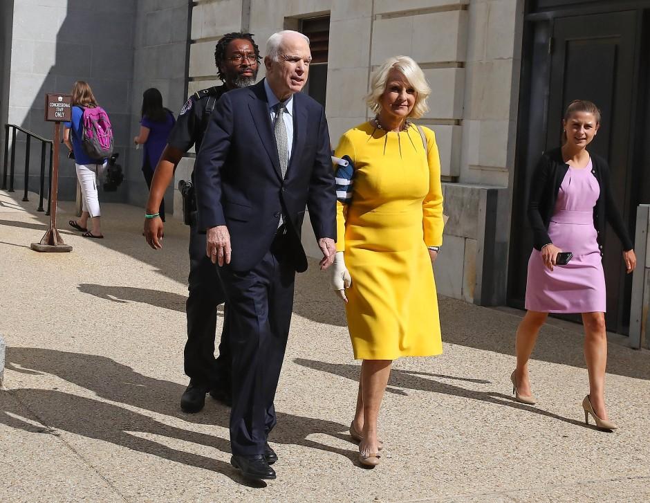 John McCain mit seiner Frau Cindy McCain
