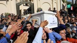 Sieben Christen bei Anschlag getötet