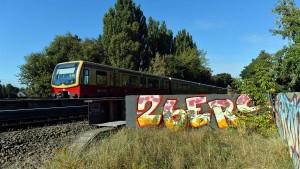 Zwei Graffiti-Sprüher von S-Bahn getötet