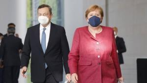 Merkel und Draghi wollen ein neues Flüchtlingsabkommen