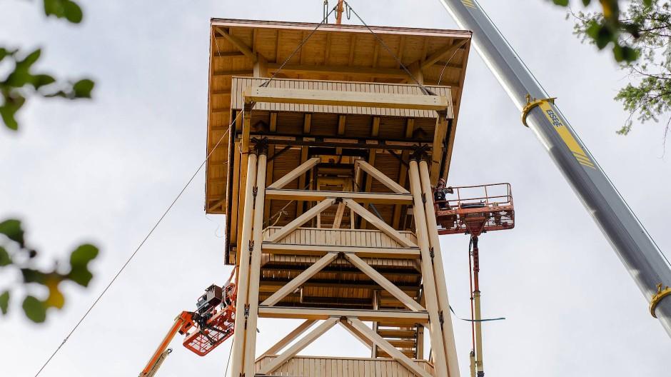 Hat die Schrauben locker: Der Goetheturm in Frakfurt