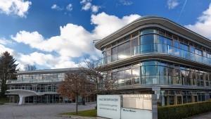 Herbert-Quandt-Stiftung lebt nur im Stillen weiter