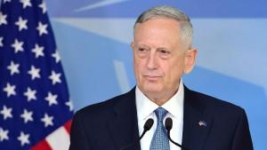 Amerikanischer Verteidigungsminister Mattis besucht den Irak