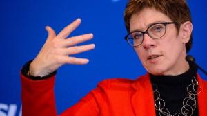 CDU-Chefin kündigt kritische Aussprache zu Flüchtlingspolitik an