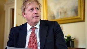 Pfleger von Boris Johnson als Held gefeiert