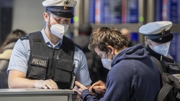 Einreisekontrollen am Frankfurter Flughafen verstärkt