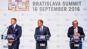 Osteuropäische Staaten drohen mit Veto gegen Brexit-Vereinbarung