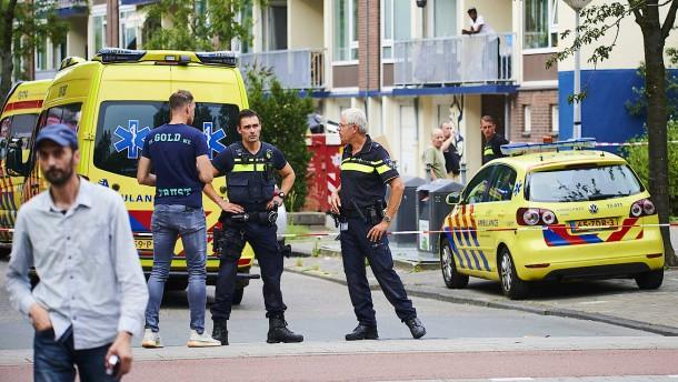Bewaffneter Deutscher von Amsterdamer Polizisten erschossen