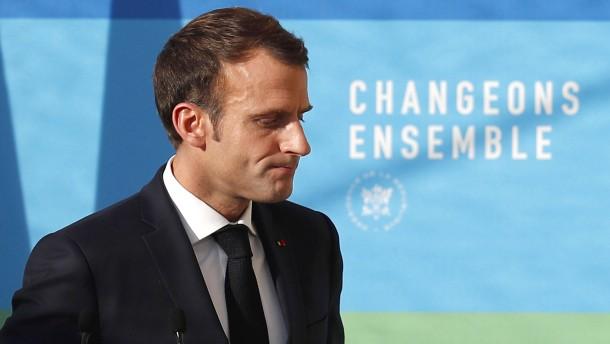 """Macron will """"wichtige Ankündigungen"""" zu Protesten machen"""