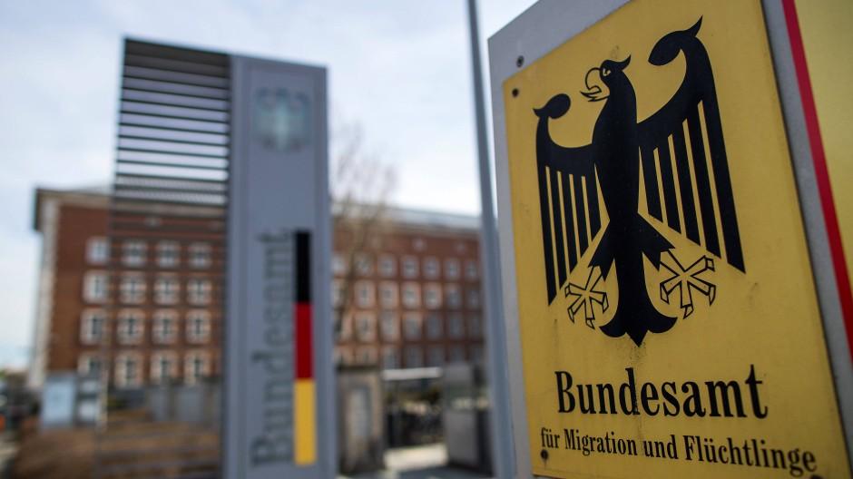 Das Bundesamt für Migration und Flüchtlinge kommt nicht aus den Schlagzeilen.