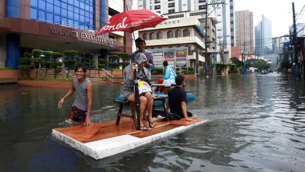Manila versinkt in den Fluten