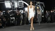 Die New York Fashion Week gerockt: Kaia Gerber läuft im September 2017 in Brooklyn für Alexander Wang